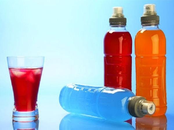 Lạm dụng nước tăng lực, cơ thể sẽ gặp phải những vấn đề gì?