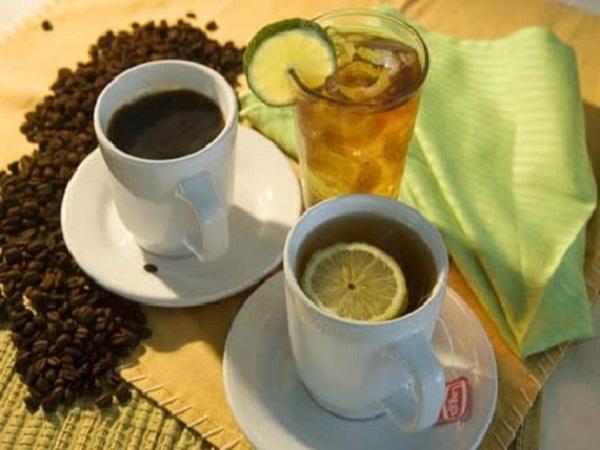 Lưu ý: Nên uống nước trước khi nhâm nhi trà hoặc cà phê