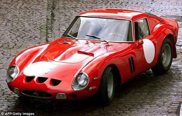Chiếc ô tô 56 tuổi bán với mức giá 1,3 nghìn tỷ đồng
