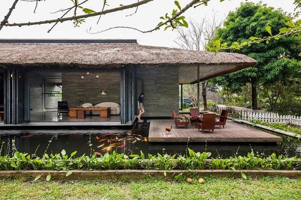 Choáng ngợp trước vẻ đẹp của không gian nhà mái lá ở Long An
