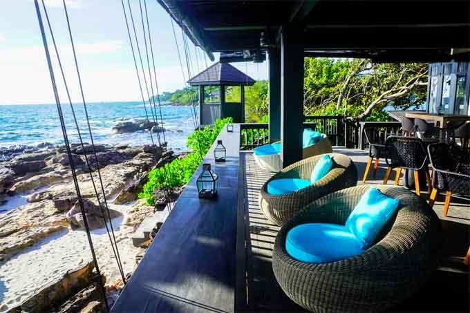 Việt Nam cũng có những bar bãi biển mà trời Tây còn thua xa