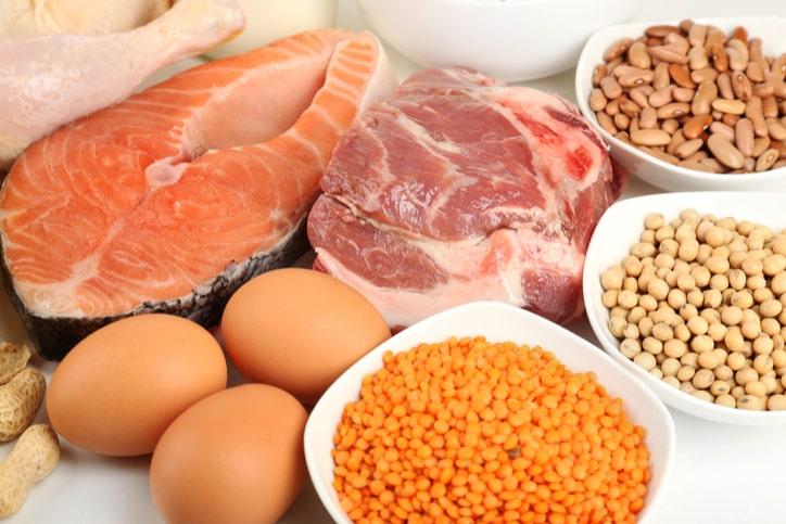 Thiếu protein sẽ khiến bạn hay quên, mất ngủ và rụng tóc