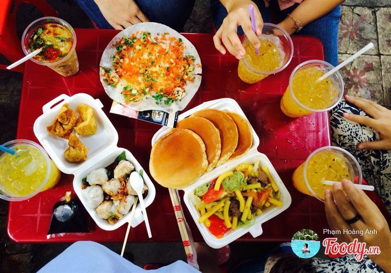 Quê hương là gì hở mẹ? Kỳ 45: Ăn vặt ở Sài Gòn