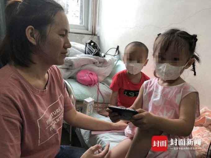 Để có tiền chữa bệnh cho con trai, ông bố Trung Quốc rao bán con gái