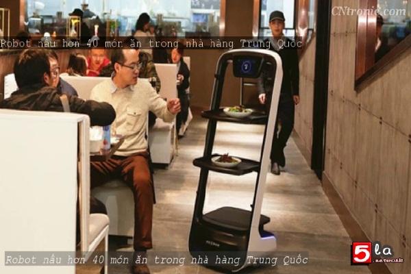 Robot phục vụ hơn 40 món ăn trong nhà hàng Trung Quốc