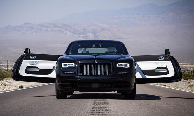 Rolls-Royce không muốn từ bỏ động cơ V12 vốn đã là 'bản sắc'