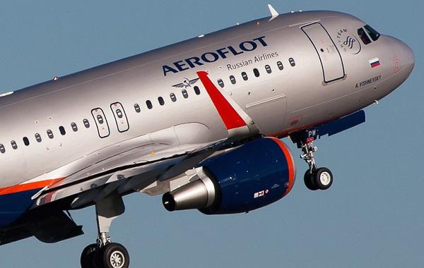 """Nực cười sự cố """"bá đạo"""" của các hãng hàng không"""