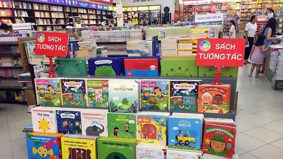 Sách tương tác - Giúp trẻ chơi đùa với sách