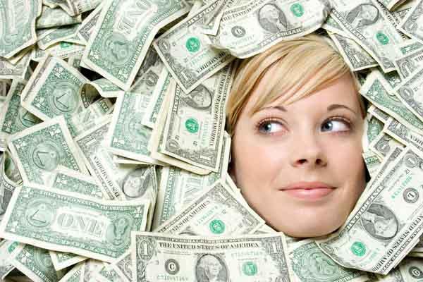10 sai lầm về tiền bạc đến cả người khôn ngoan cũng vướng