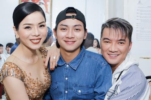 Các nghệ sĩ Việt kêu gọi được 1,7 tỷ đồng giúp cho diễn viên Mai Phương chữa bệnh