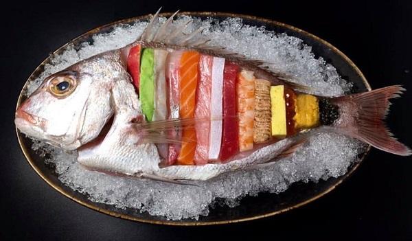 """Món ăn Sashimi Nhật đẹp như """"tác phẩm nghệ thuật"""""""