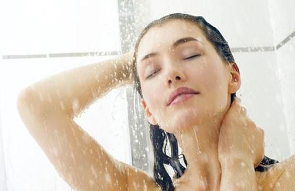 Lợi ích việc tắm nước lạnh