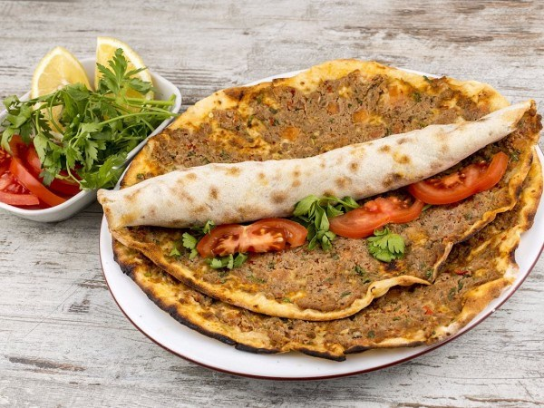Món ăn vặt ngon nức tiếng ở nước ngoài đừng nên bỏ qua