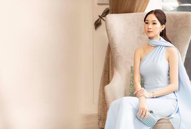 Cùng ngắm vẻ mặn mà của gái một con - Hoa hậu Thu Thảo