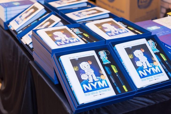 NYM - Tôi của tương lai: Cuốn 'sách giáo khoa' về trí tuệ nhân tạo