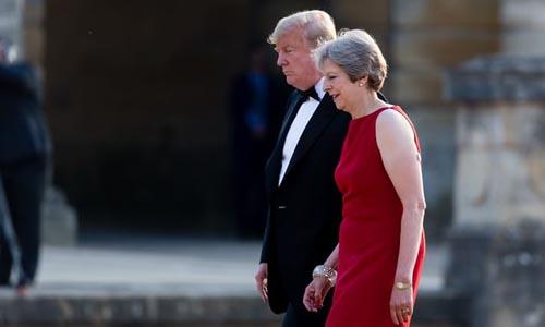 """Tổng thống Mỹ cảm thấy """"chạnh lòng"""" khi tới Luân Đôn"""