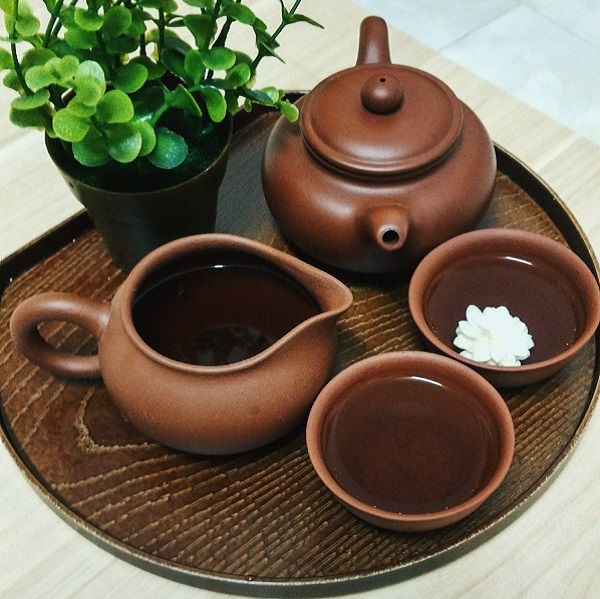 Tinh tế nghệ thuật thưởng trà của người Việt