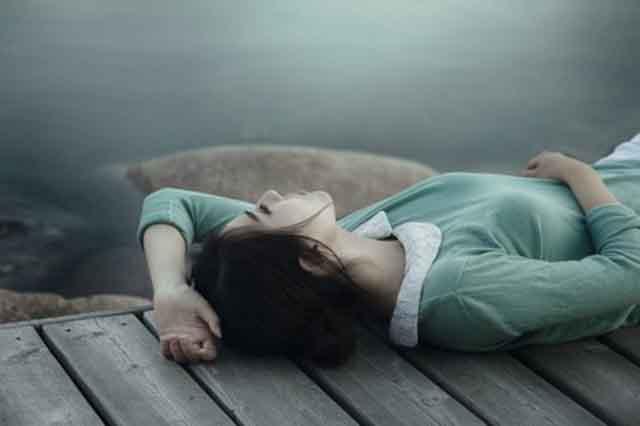 Thức khuya - Dậy trễ: Nguy cơ rối loạn trầm cảm