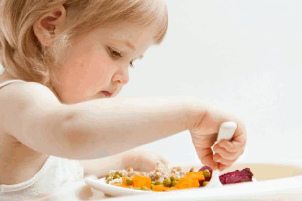 Kinh nghiệm giúp bố mẹ nhận biết con bị dị ứng thức ăn