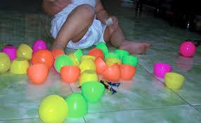 Quả trứng đồ chơi và tai nạn nguy hiểm, cha mẹ có con nhỏ nên lưu tâm
