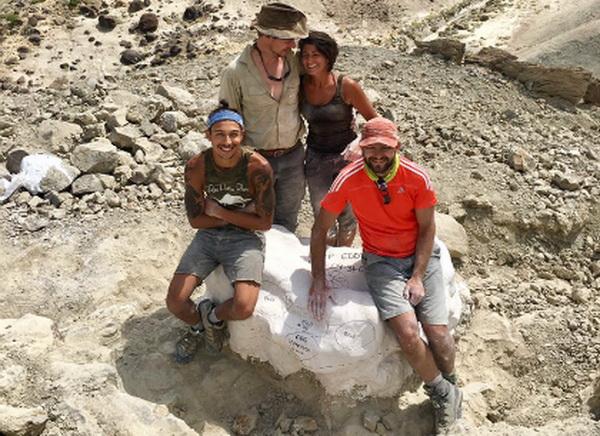 Tại Mỹ mới phát hiện ổ trứng khủng long 97 triệu năm