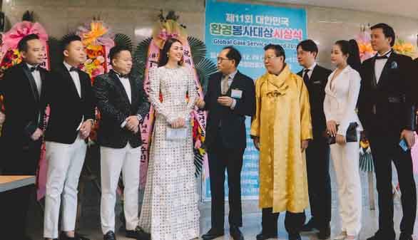 Hoa hậu châu Á Tường Linh nhận giải 'Nghệ sĩ vì cộng đồng' ở Hàn Quốc