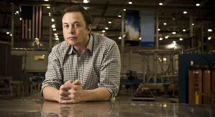 Elon Musk bắt đầu đưa tàu ngầm mini tới 'thử nghiệm' giải cứu đội bóng Thái Lan