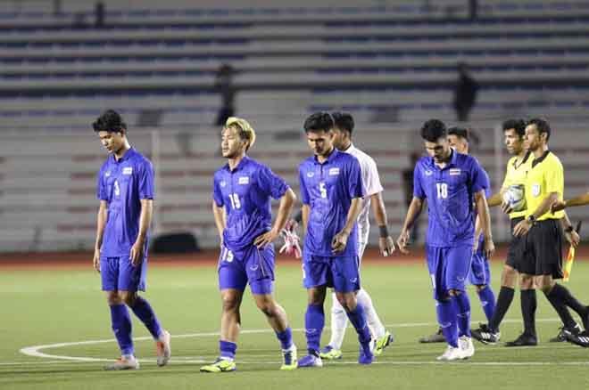 Akira Nishino phải gọi tập trung tuyển U.23 Thái Lan những ngôi sao mà ông đã loại trước đó