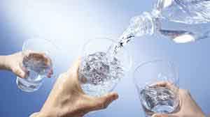 Sức khỏe bị ảnh hưởng như thế nào khi uống nước ở các mức độ nhiệt độ khác nhau?