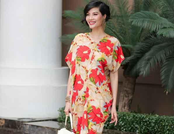 Dàn mỹ nhân không tuổi rực rỡ trong trang phục hoa của Đỗ Mạnh Cường