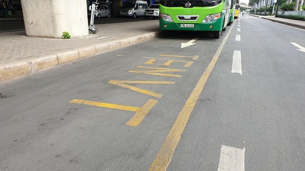 Dùng xe buýt liên tỉnh hạng sang dẹp loạn xe 'dù'