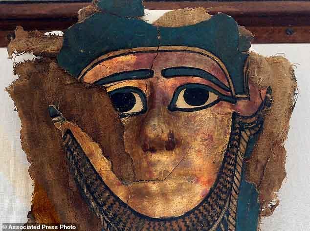 Phát hiện xưởng xác ướp niên đại 2.500 tuổi ở Ai Cập