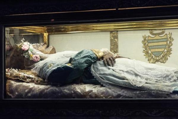 Bí mật xác ướp thánh nữ nổi tiếng nhất thế giới