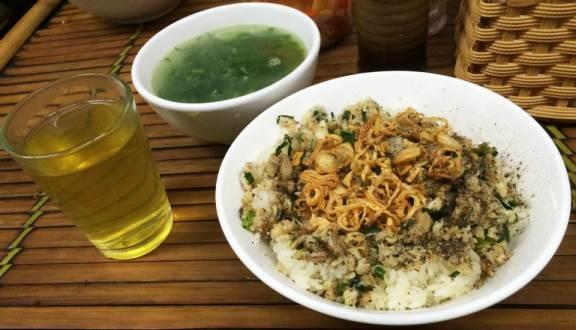 Đây là những lí do khiến thực khách Hà Nội phát cuồng với món xôi cá rô đồng