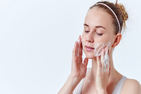 Giải pháp để giữ làn da sạch khỏe vừa hiệu quả vừa tiết kiệm