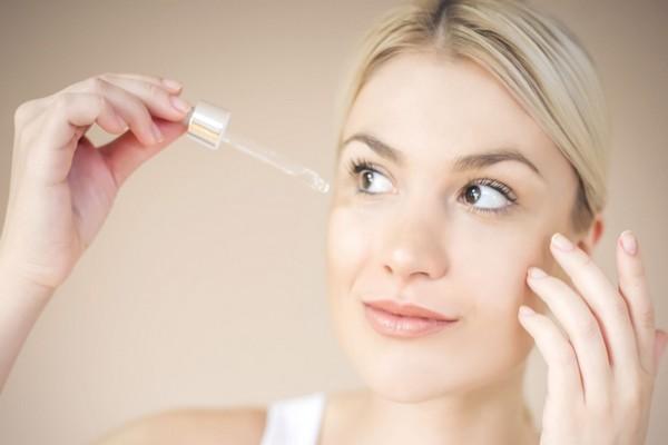 Bật mí 3 sản phẩm phục hồi làn da trắng sáng, mịn màng dành cho làn da nhạy cảm