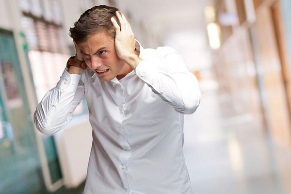 Ù tai thường xuyên là triệu chứng của những căn bệnh nguy hiểm nào?