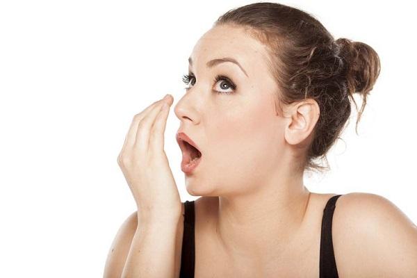 Những mẹo chữa hôi miệng hiệu quả và đơn giản tại nhà