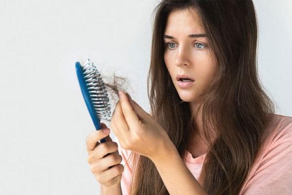 Rụng tóc thường xuyên không rõ nguyên nhân, hãy thử ngay những phương pháp này