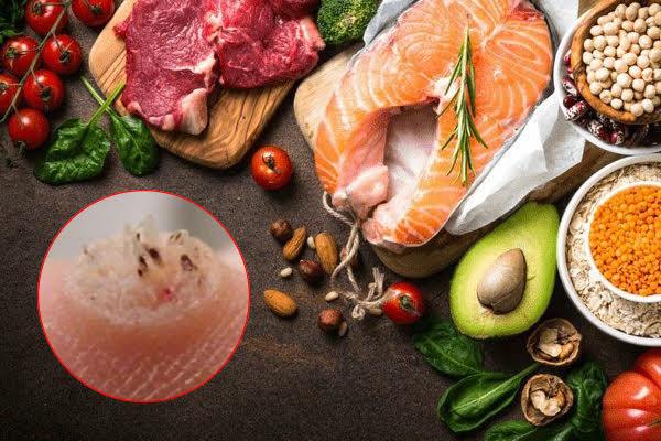 Những thực phẩm đặc biệt cần tránh khi bị mụn cóc