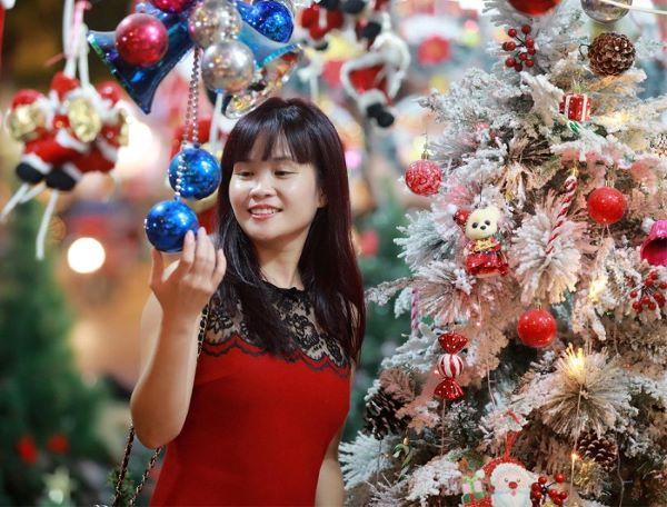 Những địa điểm check-in Giáng sinh lung linh lại không mất phí