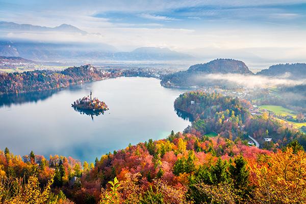 Nơi lý tưởng để ngắm lá thu ở châu Âu