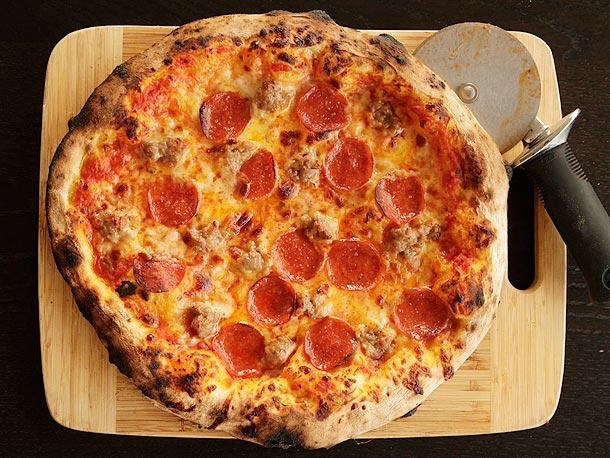 Tự làm pizza cực ngon tại nhà mà siêu rẻ