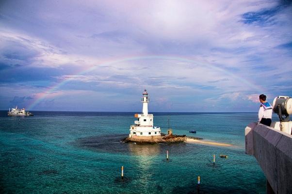 """Triển lãm hơn 200 ảnh nghệ thuật về """"Biển, đảo quê hương"""""""