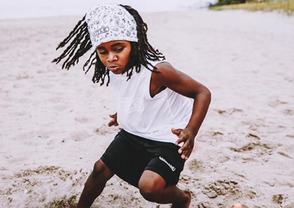 Clip: Cậu bé 'thần tốc' làm xôn xao làng điền kinh thế giới
