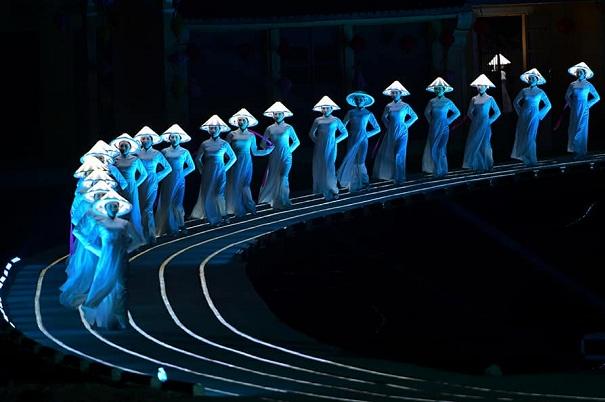 """""""Ký ức Hội An"""" xuất hiện bất ngờ tại quảng trường Thời đại Mỹ"""