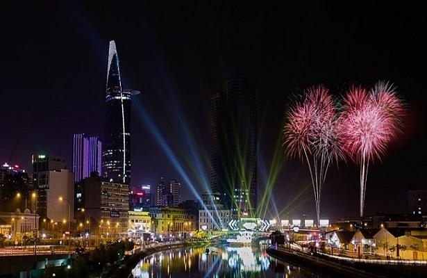 TP.HCM tổ chức bắn pháo hoa nghệ thuật ở 3 điểm dịp lễ 30.4