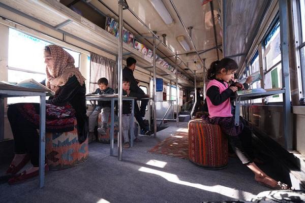 """""""Thư viện di động"""" kỳ lạ ở thủ đô Afghanistan"""