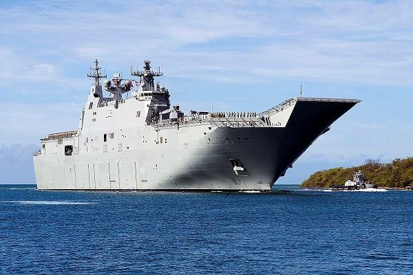 Hai tàu Hải quân Hoàng gia Australia sắp thăm cảng Cam Ranh