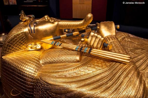 Vòng cổ bí ẩn trong lăng mộ Pharaoh Tutankhamun cuối cùng đã có lời giải đáp hoàn toàn